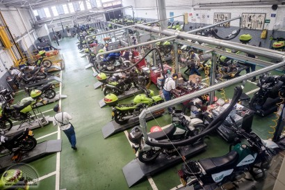 Probably the biggest motorcycle workshop we have ever seen: Suzuki Colombia takes care of 1,300 police motorcycles each month.