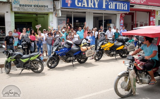 Bagua Grande, Felicitas, Menschenauflauf, Peru, V-Strom_DSCF0167_1180.jpg