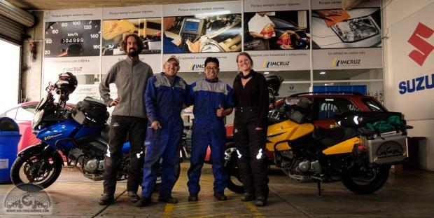 Bolivien, Daytona, Inspektion, La Paz, Mechaniker, Motorradweltreise, Shoei, Stadler, Suzuki, Touratech, V-Strom_DSCF1467_1180