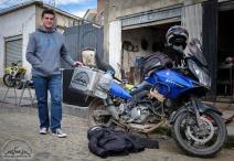 Jaime fährt Andreas zum Aluschweißer in La Paz.