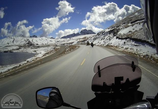 Bolivien, DL650 V-Strom, Felicitas, La Paz, Motorradweltreise, Sena 10c, Shoei, Stadler, TKC70, Touratech_S10C0105_1180