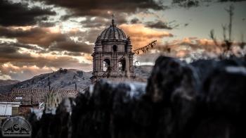 Magische Sonnenuntergangsmomente in Cusco.