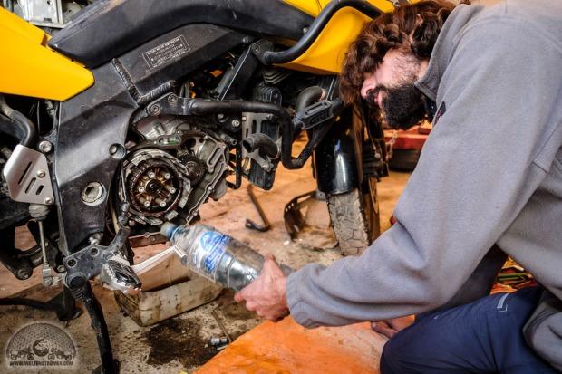Bolivien, DL650 V-Strom, Kupplung kaputt, Kupplung reparieren, Kupplungsscheiben gebrochen, Motorradweltreise, Uyuni_DSCF1582_1180.jpg